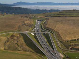 Rakúsko chce plošne zvýšiť najvyššiu rýchlosť na diaľniciach