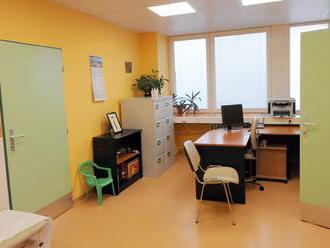 Všeobecní lekári vítajú, že v ambulanciách budú môcť pracovať praktické sestry