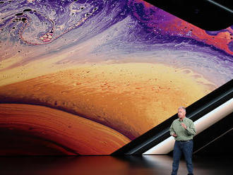 Reviewers like Apple  �s new iPhone XS, but don  �t necessarily recommend buying one
