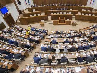 Dôchodkový vek na Slovensku sa bude zverejňovať päť rokov dopredu