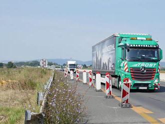 Pre výmenu mostných záverov čiastočne uzavriú D1 pri Svite a Prešove