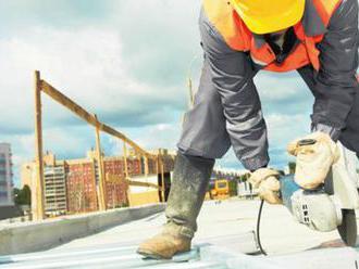 Stavbárom by pomohli pracovníci z tretích krajín
