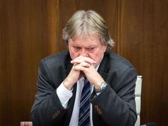 Kiska nemá právo vracať zákony do parlamentu, myslí si Jarjabek
