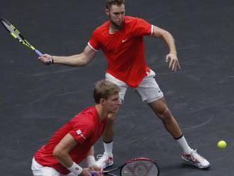 Anderson so Sockom porazili hviezdnu dvojku Federera a Djokoviča na Rod Laver Cup v Chicagu