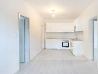 Krásny 3 izbový byt prerobený na 4 izbový