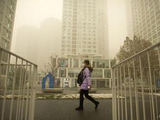 Po celej Ázii vyvoláva poplach hustý smog