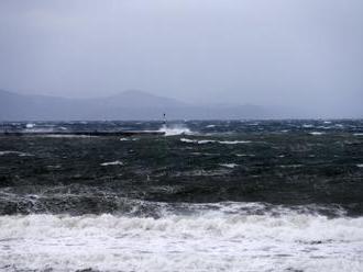 Pri severnom pobreží Japonska zachránili dvoch údajných rybárov z KĽDR