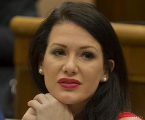 Cigániková chce kvôli neurochirurgii mimoriadne zasadnutie výboru