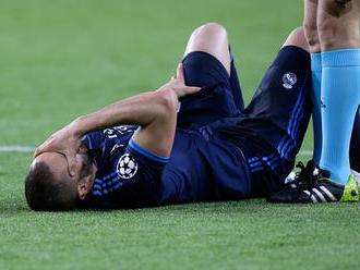 Benzema nedohral proti Betisu, zlomil si ruku
