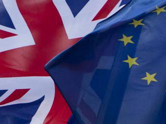 Analytik: Schválenie dohody o brexite otvorí cestu k odchodu Británie z EÚ