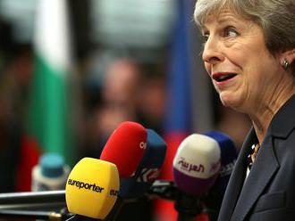 Mayová ústupčivo: Žiadny brexit je pravdepodobnejší ako odchod z EÚ bez dohody