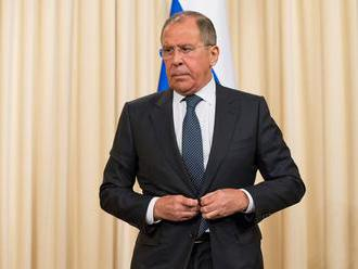 Rusko a Japonsko rokujú s cieľom vyriešiť spor ohľadom Kuríl a uzavrieť mier