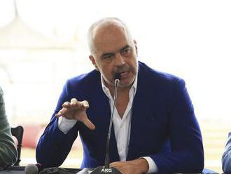 Albánsky prezident odmietol vymenovať šéfa diplomacie, funkcie sa ujme premiér