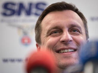 Slovenská národná strana: získaj 8 percent a môžeš všetko