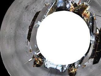 Čínska sonda odoslala na Zem 3D snímku z odvrátenej strany Mesiaca