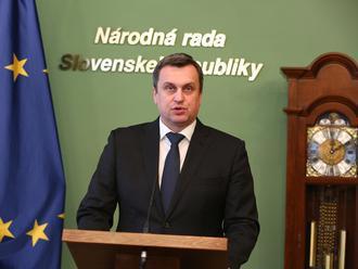 Komisia UMB rozhodla o Dankovej rigoróznej práci: Nekompromisný verdikt!