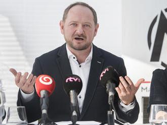 Vzniká nová politická strana. Odmieta spoluprácu so Smerom, SNS aj kotlebovcami