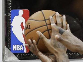 Čína dál omezuje NBA, ligu obvinila z podpory násilí