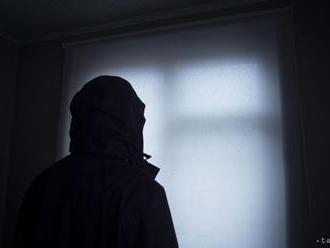 Ničnetušiaceho Francúza si pomýlili s podozrivým z päťnásobnej vraždy