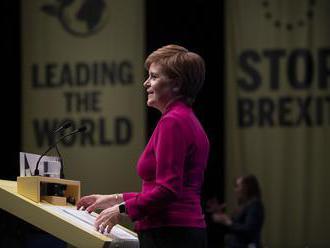 Sturgeonová: Referendum o nezávislosti Škótska sa musí konať na budúci rok