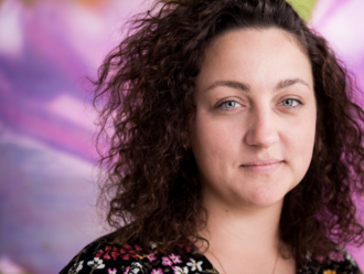 Vyrástla vo farárskej rodine, neskôr zažila znásilnenie: Nevedela som, že násilie nie je bežná súčas
