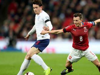 Třaskavý duel v Edenu. Hráči Anglie v případě rasismu hrozí odchodem ze hřiště