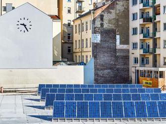 Finalisty Chalupeckého ceny pálí klima. Jejich výstavu pohání solární energie