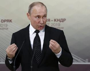 Rusko uvažuje o alternatíve k doláru, chce predávať ropu a plyn za eurá a ruble