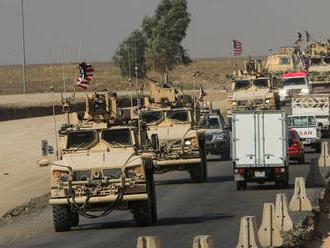 Kurdi hádzali zemiaky do amerických vojakov sťahujúcich sa do Iraku