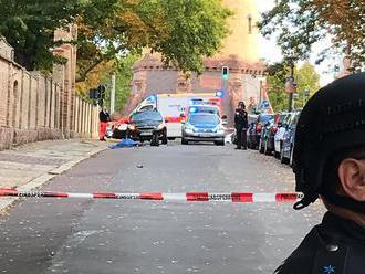 Video zo streľby v nemeckom Halle: Blízko synagógy zabili dvoch ľudí