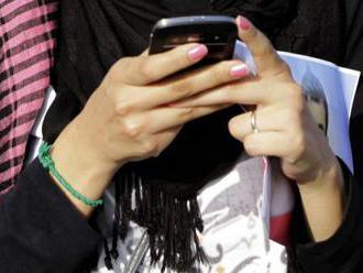 Výzkum: Není nutné zakazovat mobily o školních přestávkách