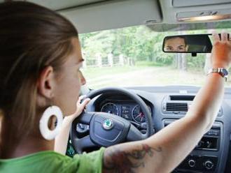 Test: Přes 44 pct řidičů jezdí, i když má špatnou ostrost vidění