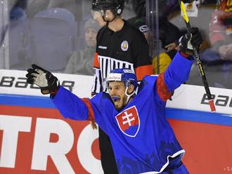 Hokej-NP: Zuzin si na premiérový gól musel počkať