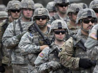 USA ponechajú v Sýrii až 600 vojakov, aby vzdorovali bojovníkom IS