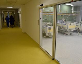 Rekonštrukcia nemocnice v Nových Zámkoch pokračuje v západnej časti monobloku