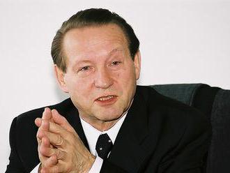 Vo veku 77 rokov zomrel bývalý náčelník generálneho štábu Jozef Tuchyňa