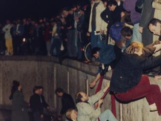 Ako sa to začalo rozpadávať: novinári z Východu spomínajú na pád Berlínskeho múru