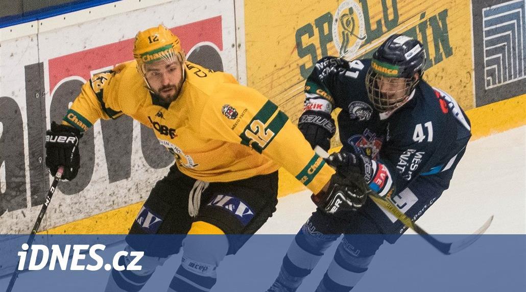 Hokejisté Budějovic prohráli po 12 zápasech, Poruba zdolala Slavii