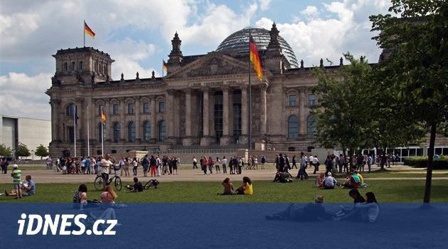 Němci se učí šetřit. V Berlíně se otevřou obchodní domy s použitým zbožím
