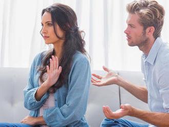 Deset vlastností, které na nás muži nesnáší