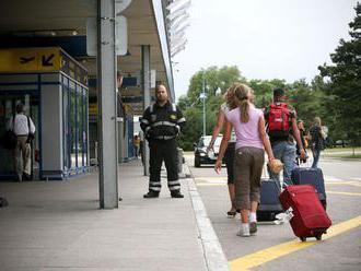 Na čo si dovolenkári majú dávať pozor? Rezort pripravil viacero odporúčaní