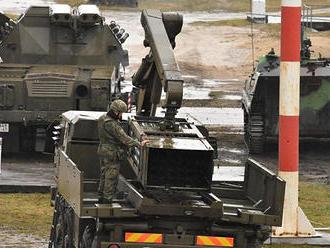 Zahraničné ozbrojené sily budú cez Slovensko presúvať techniku