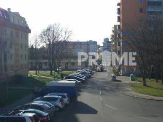 Pekný 3,5i byt, tichá časť, Babušková ulica, Ružinov