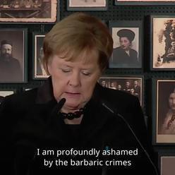 Merkelová: Hluboce se stydím za zločiny Němců