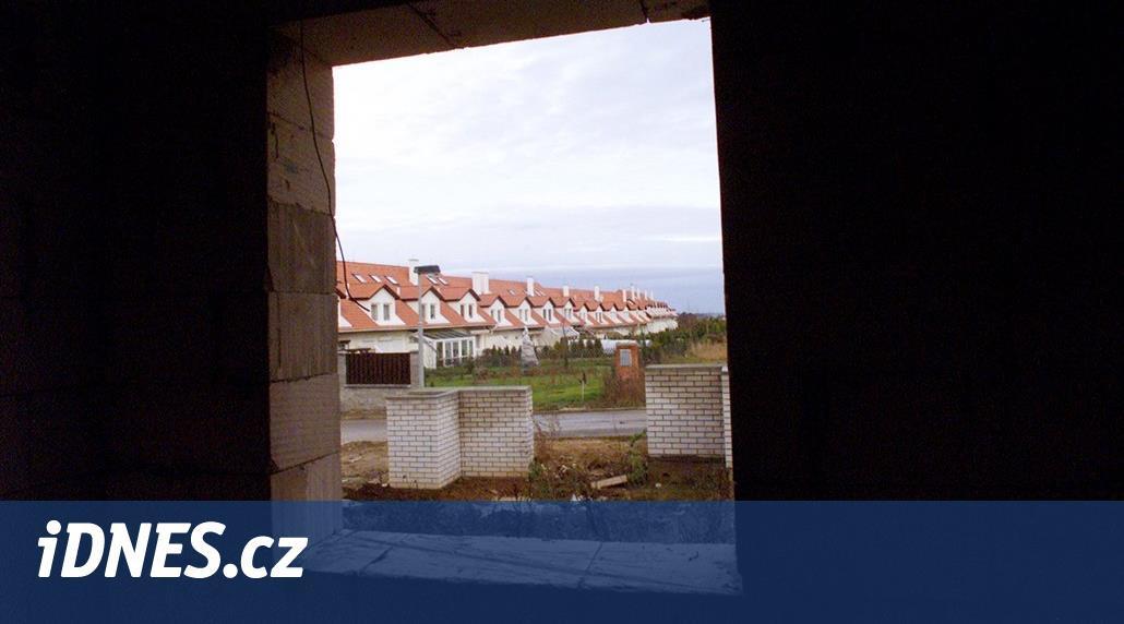 Stát by se mohl za oběti H-Systemu zaručit, navrhuje ministryně Dostálová