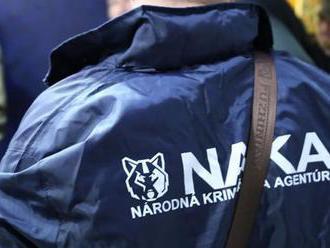 Vyšetrovateľ NAKA vzniesol obvinenie youtuberom Daňovi a Vaskymu