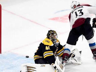 Boston prišiel o sériu, Halák sa nevyznamenal. Chára vyrovnal Yzermana