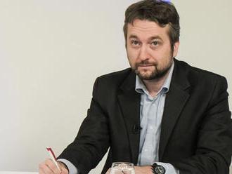 SAV sa dištancuje od statusov poslanca Ľuboša Blahu