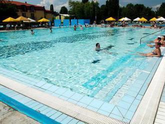 V areáli termálneho kúpaliska Vadaš v Štúrove pribudne nový bazén