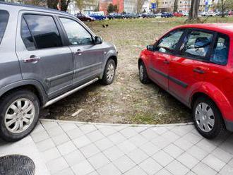 POLÍCIA:Dopravné obmedzenia v Bratislave výrazne sťažia presun vodičov